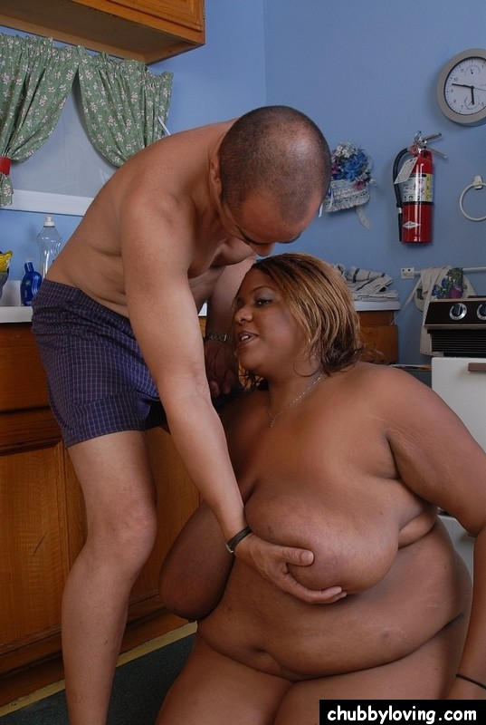 Hot black bbw model tiffany has a huge ass and shakes it 9