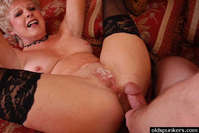 Mature granny xxx sex