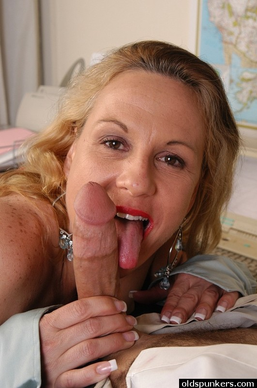 Slutty old spunker in sexy lingerie is a super hot fuck 3