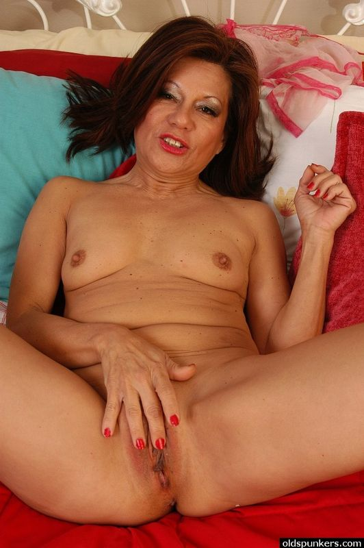 Picture latino mature woman