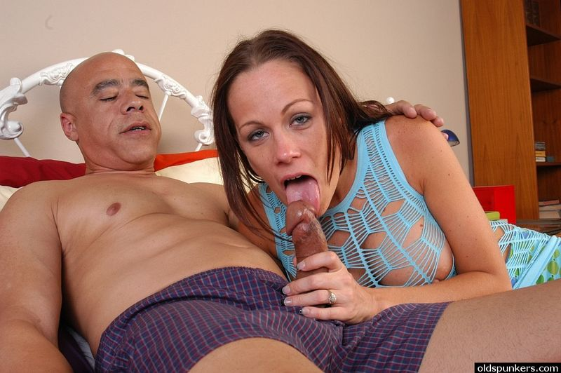 mature milfs love porn and creampies